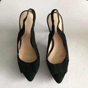 Marc Fisher Suede Bow Pumps Sz 8.5 (S-82)